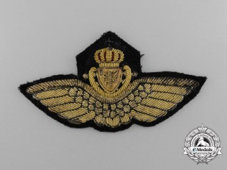 A Second War Norwegian Naval Pilot Cap Badge