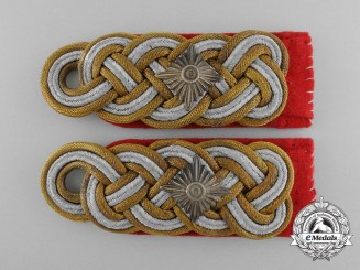 A Pair of German Army (Heer) Generalleutnant's Shoulder Boards