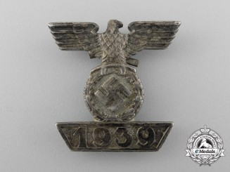 A Clasp to the Iron Cross 1939 Second Class; Type II