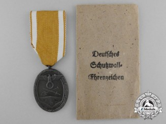 A West-Wall Medal with Packet of Issue