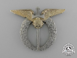 A Second War Czechoslovakian Period Pilot Badge in Silver