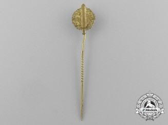 A Gold Grade SA Sports Badge Miniature Stick Pin