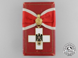 A First Class German Red Cross Decoration Type III (1937-1939) with Case by Godet