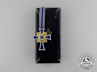 A Golden Grade German Mother's Cross with its Original Case of issue by Werner Redd