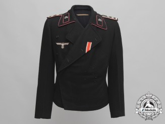 A Wehrmacht Oberfeldwebel Panzer Tunic