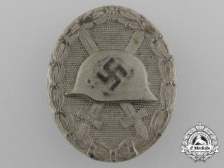 A Second War Silver Grade Wound Badge by Klein & Quenzer