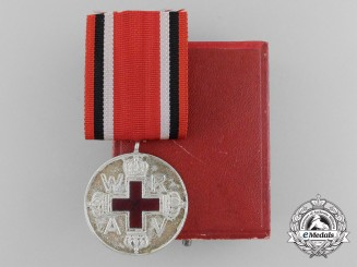 A Prussian Red Cross Medal; Silver Grade 2nd Class with Case