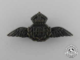 A Small Royal Australian Air Force (RAAF) Badge
