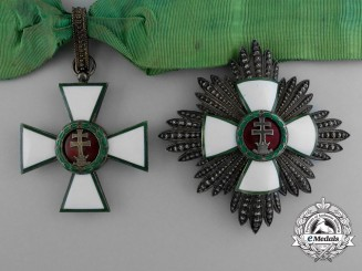 A Hungarian Order of Merit; Grand Commander Set