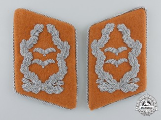 A Set of Luftwaffe Signals Oberstleutnant's Collar Tabs