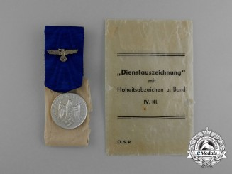 A Mint 4-Year Wehrmacht Long Service Medal; 4th Grade