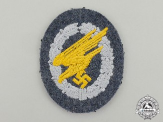 A Mint and Unissued Luftwaffe Fallschirmjäger/Paratrooper Badge; Cloth Version