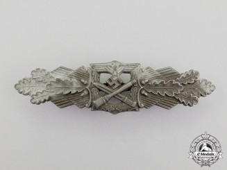 A Bronze Grade Close Combat Clasp by Friedrich Linden of Lüdenscheid