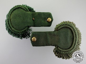United States. A Civil War Union Army 1st Sharpshooters Enlisted Man's Dress Epaulette Set