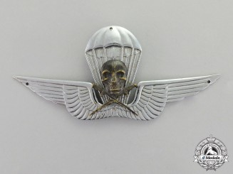 A Very Rare Second War 1st Hungarian Parachute Badge