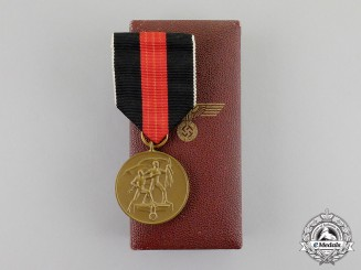 Germany. An 1938 Entry into the Sudetenland Commemorative Medal in its Case of Issue