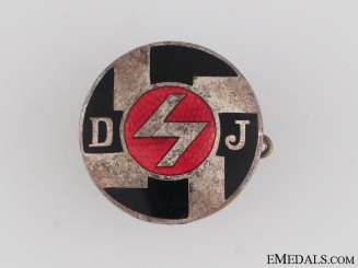 DJ Membership Pin