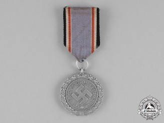 Germany, Luftwaffe. An Air Raid Defence Medal, Second Class, Aluminum Version