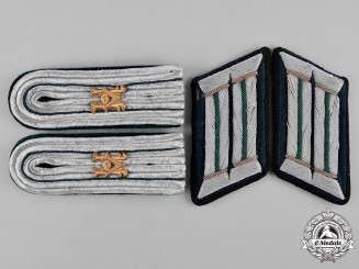 Germany, Heer. A Set of Heeresverwaltung Officer's Uniform Rank Insignia