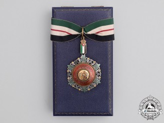 Jordan. An Order of Al Nahda; Commander 3rd Class, with Case, by GARRARD & Co Ltd
