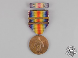 United States. A World War I Victory Medal, Two Clasps