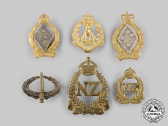 Australia, New Zealand.   Six Badges & Insignia