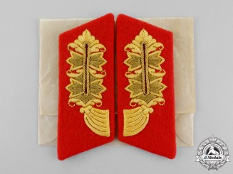 An Absolutely Mint and Unissued Set of Second War German General Major Collar Tabs