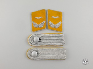 A Set of Luftwaffe Flight Lieutenant Rank Shoulder Boards & Collar Tabs