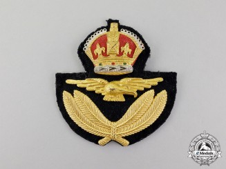 Canada. A Second War Royal Canadian Air Force (RCAF) Officer's Cap Badge