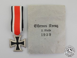 Germany. A Mint Iron Cross 1939 Second Class in its Packet of Issue