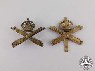 Canada. Two First War CEF Machine Gun Corps Cap Badges