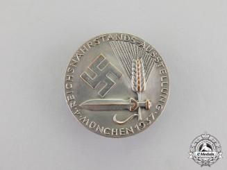 Germany. A 1937 4th Reichsnährstandsaustellung in Munich Badge by Robert Neff