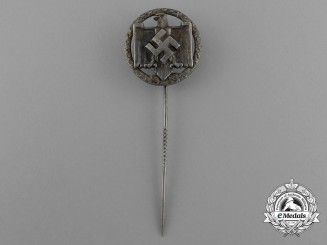 A 1939 National Socialist League of the Reich for Physical Exercise Silver Grade Performance Badge