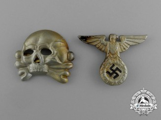 A Set of SS Visor Cap Insignia; Eagle and Skull