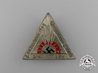 A 1934 Schwerin Day of Farmers Badge