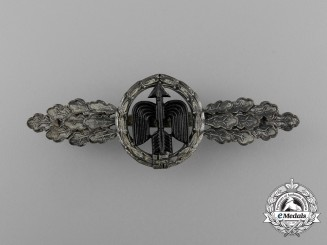A Silver Grade Luftwaffe Short Range Day Fighter Clasp by G. H. Osang of Dresden