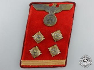 An NSDAP District (Gau) Level OberGemeinschaftsLeiter (Head Community Leader) Collar Tab