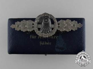A Cased Luftwaffe Reconnaissance Squadron Clasp; Silver Grade by Jmme & Sohn