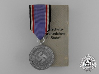 "A Scarce Air Raid Defence ""Luftschutz"" Medal; Second Class (Light Version) in its Original Box of Issue"