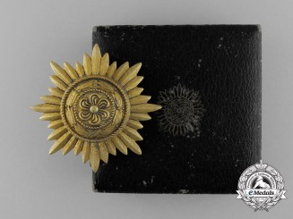 A Gold Grade Eastern People Bravery Decoration; 1st Class; in its Original Case of Issue