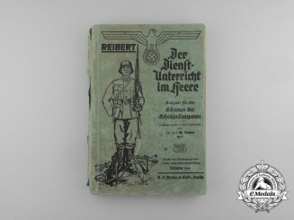A 1940 Wehrmacht Educational Guide by  Major Wilhelm Reibert