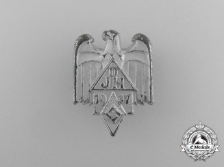 A 1937 DJ/HJ German Youth Hostel Association Badge