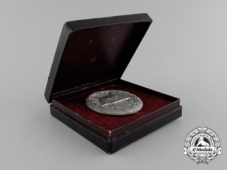 A Second War German Silver Grade Wound Badge by Klein & Quenzer in its Original Case of Issue