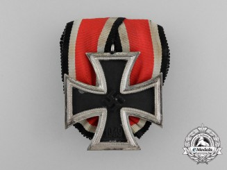 A Parade Mounted Iron Cross 1939 Second Class Medal Bar