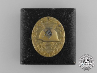 A Second War German Gold Grade Wound Badge by Carl Wild with its Original Case of Issue