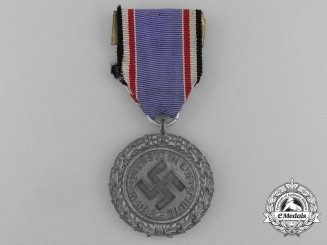 An Luftwaffe Air Defense Decoration; Second Class