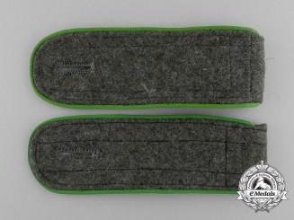 A Pair of Wehrmacht Gebirgsjäger Enlisted Man's Shoulder Boards