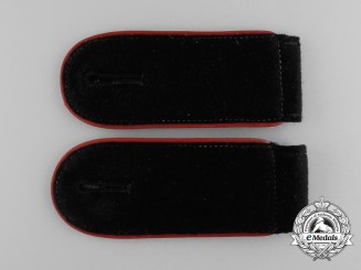 Germany, SS. A Pair of Waffen-SS Artillery Enlisted Man's Shoulder Straps