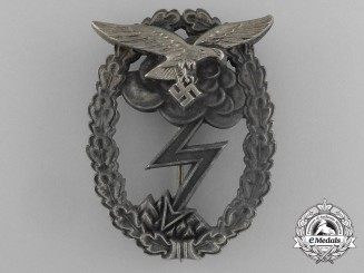 A Luftwaffe Ground Assault Badge by G. H. Osang of Dresden