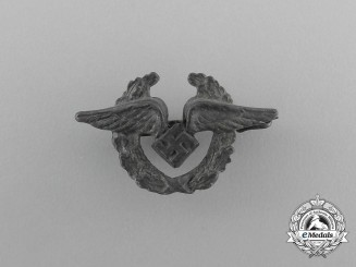 A Second War Luftwaffe Female Auxiliary Member's Lapel Pin
